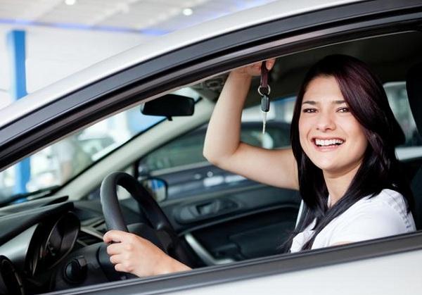 Какую машину выбрать женщине