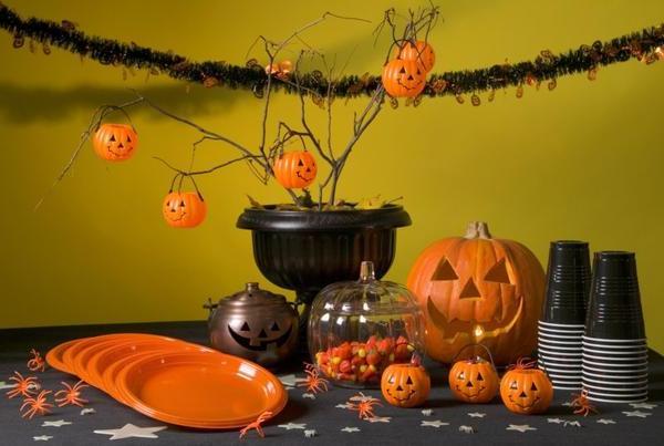 Как отметить Хэллоуин дома с детьми
