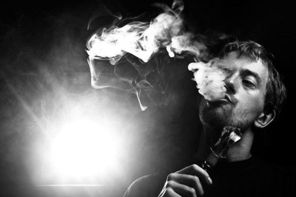 Папа курит кальян