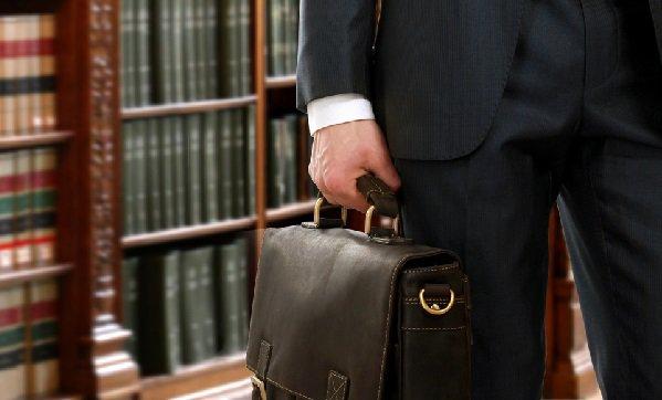 Хибна практика відводу суддів