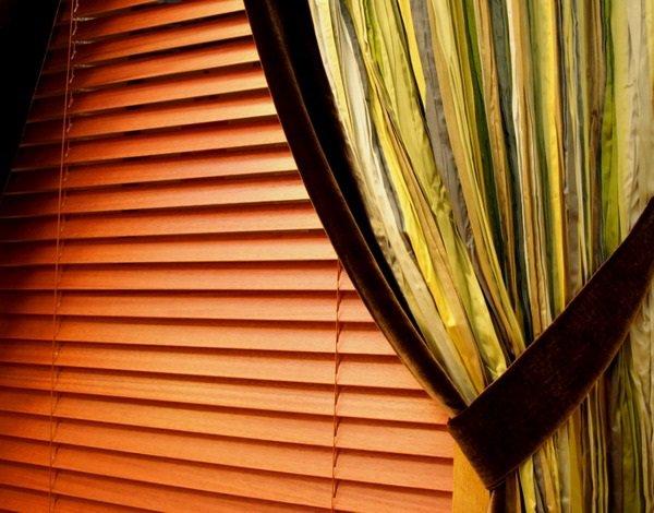 Жалюзи и шторы