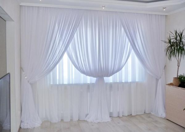 Тюль в дизайне зала
