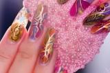 Как наращивают ногти