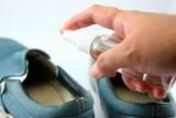 Как вывести неприятный запах из обуви?