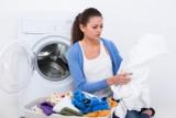 Как и чем можно отстирать жирное пятно с одежды?